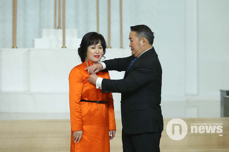 Монгол Улсын Ерөнхийлөгчийн зарлигаар Төрийн дээд одон, медаль гардуулах ёслол (10)