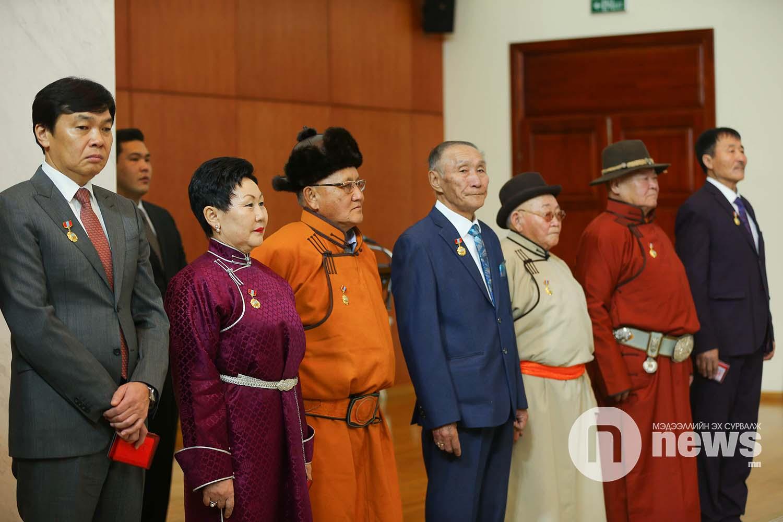 Монгол Улсын Ерөнхийлөгчийн зарлигаар Төрийн дээд одон, медаль гардуулах ёслол (25)