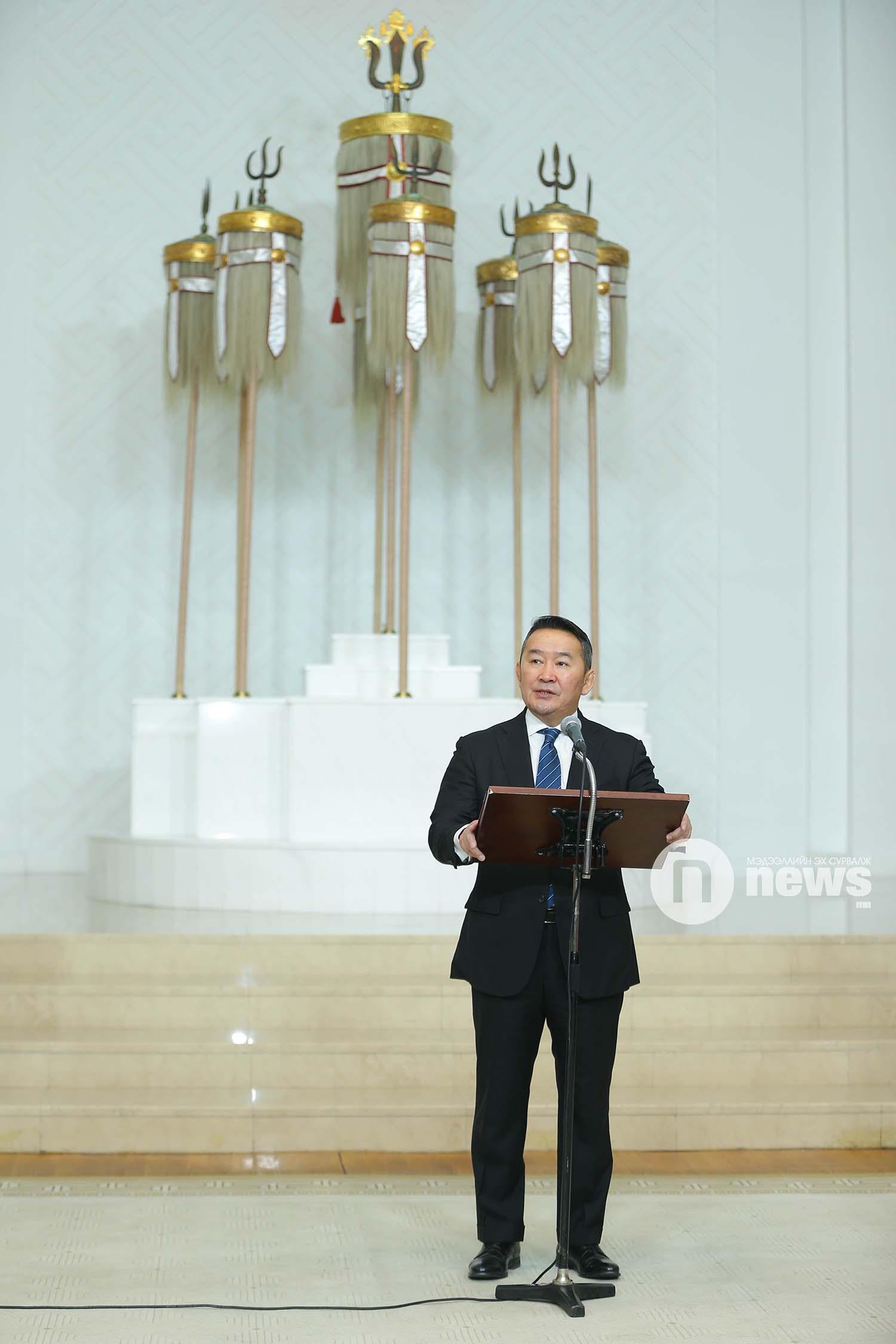 Монгол Улсын Ерөнхийлөгчийн зарлигаар Төрийн дээд одон, медаль гардуулах ёслол (35)