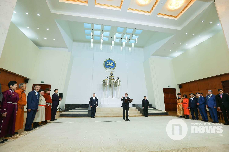 Монгол Улсын Ерөнхийлөгчийн зарлигаар Төрийн дээд одон, медаль гардуулах ёслол (36)