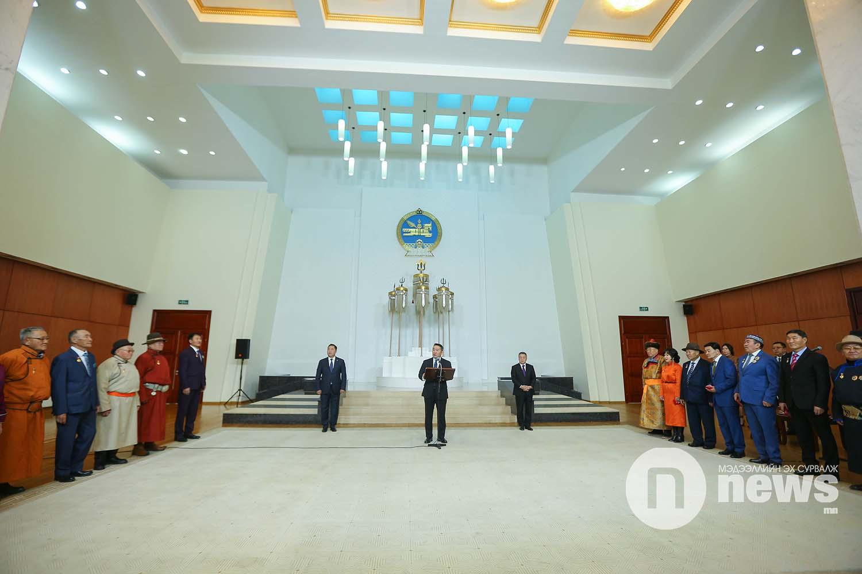 Монгол Улсын Ерөнхийлөгчийн зарлигаар Төрийн дээд одон, медаль гардуулах ёслол (39)