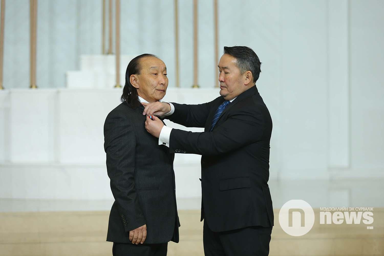 Монгол Улсын Ерөнхийлөгчийн зарлигаар Төрийн дээд одон, медаль гардуулах ёслол (4)