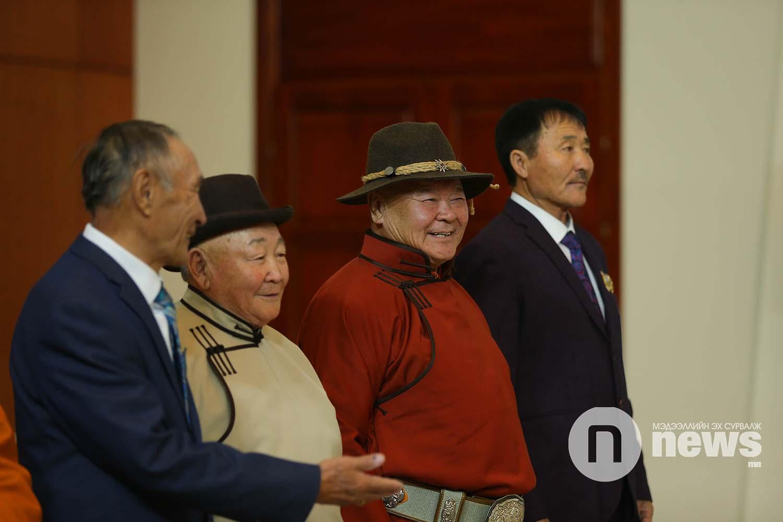Монгол Улсын Ерөнхийлөгчийн зарлигаар Төрийн дээд одон, медаль гардуулах ёслол (43)