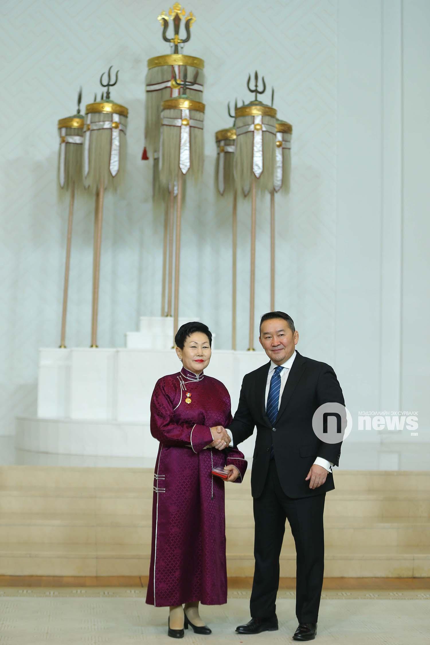 Монгол Улсын Ерөнхийлөгчийн зарлигаар Төрийн дээд одон, медаль гардуулах ёслол (55)