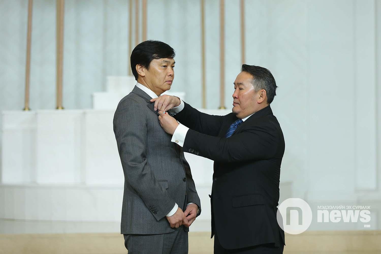 Монгол Улсын Ерөнхийлөгчийн зарлигаар Төрийн дээд одон, медаль гардуулах ёслол (56)