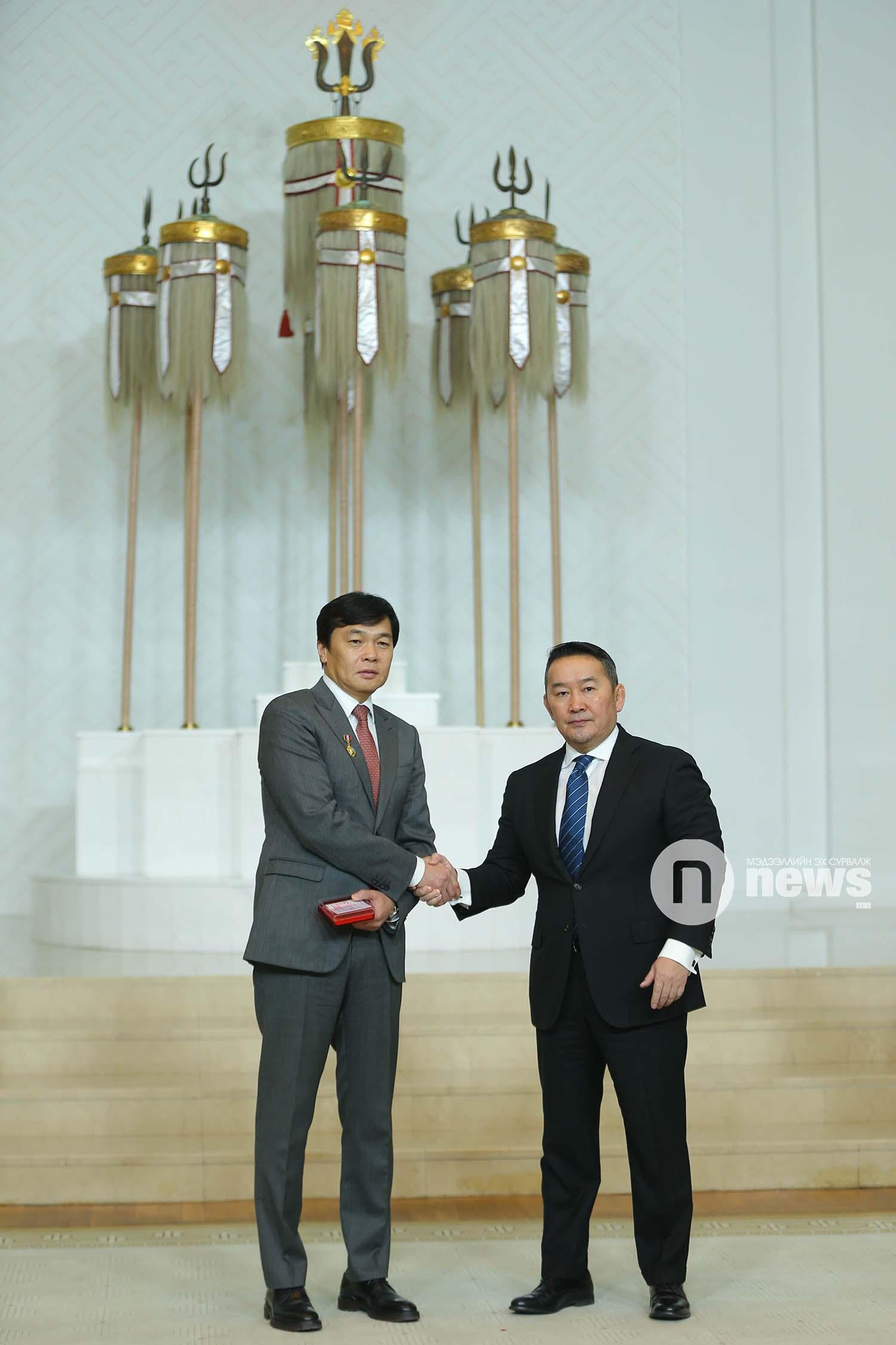 Монгол Улсын Ерөнхийлөгчийн зарлигаар Төрийн дээд одон, медаль гардуулах ёслол (57)