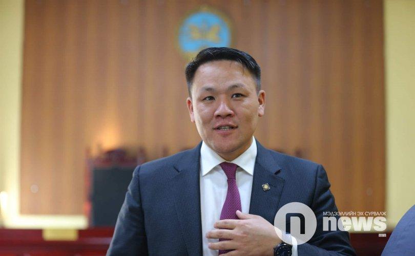 Н.Номтойбаяр, Ш.Батхүү нарын хэргүүд прокурорт шилжжээ