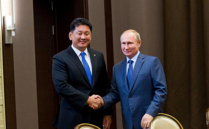 Хий дамжуулах хоолойг Монголоор дайруулахаар тохиролцов