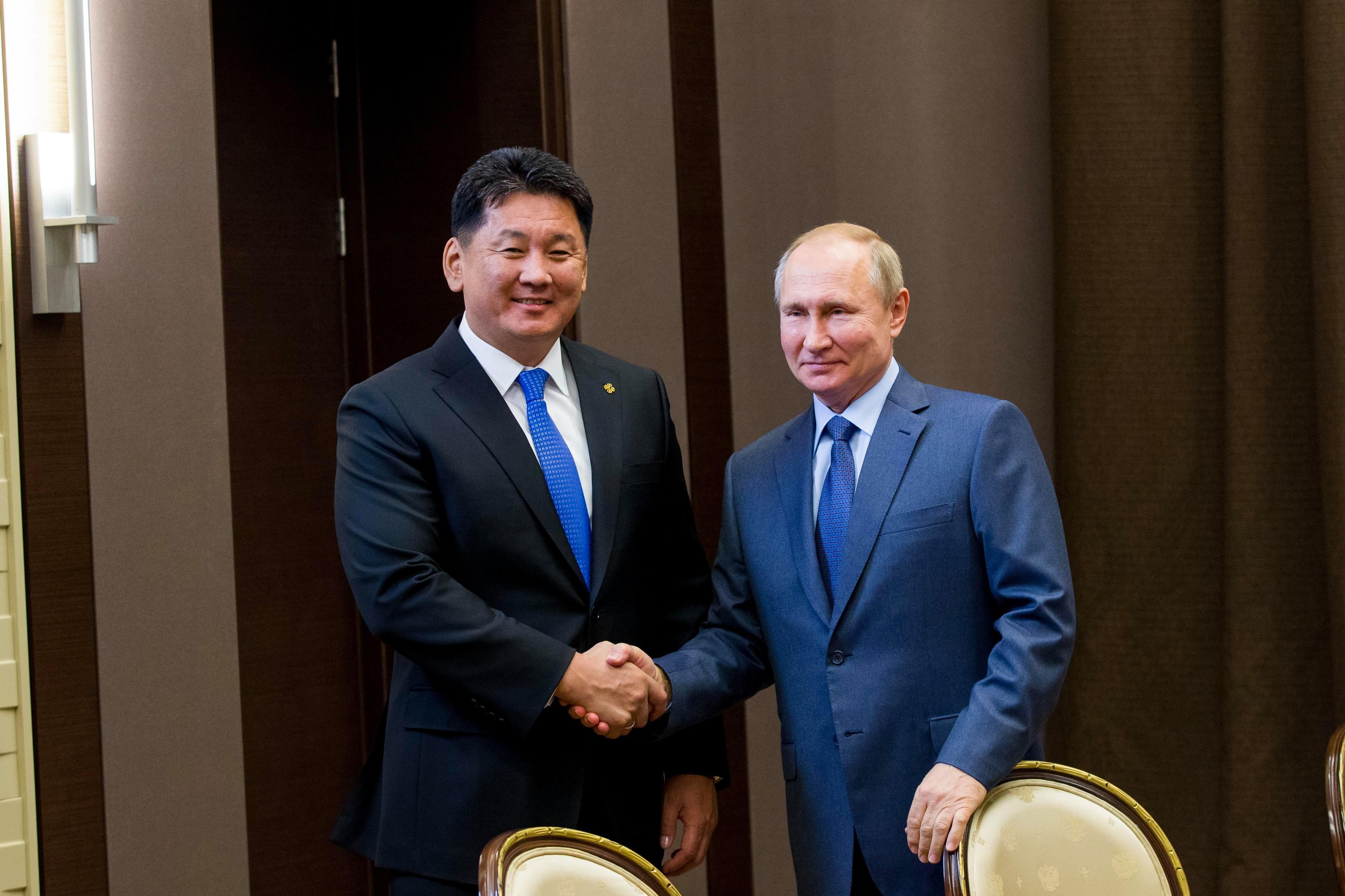 Хий дамжуулах хоолойг Монголоор дайруулахаар тохиролцсон байна