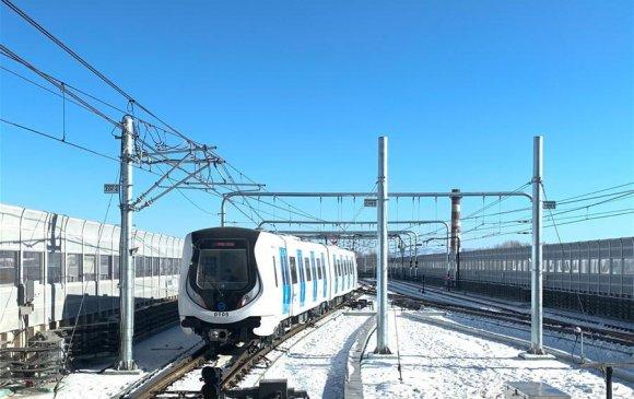 Өвөр Монголын анхны метроны шугам нээлтээ хийлээ