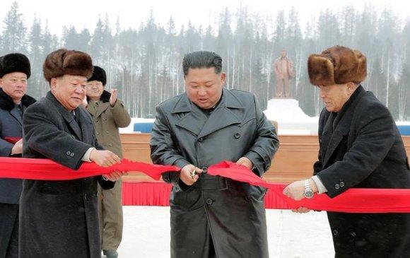 Ким Жон Ун Пэктү ууланд шинэ хот байгуулснаа нээжээ