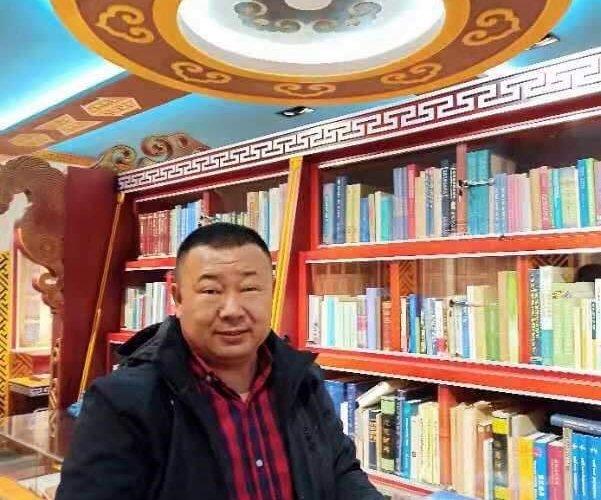 Монгол номын өргөөний эзэн Өвөрмонголын ном цуглуулагч