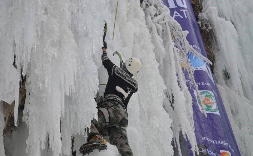 """""""KARAKORUM ICE FESTIVAL 2019"""" мөсөнд авиралтын тэмцээн Орхоны хүрхрээнд болно"""