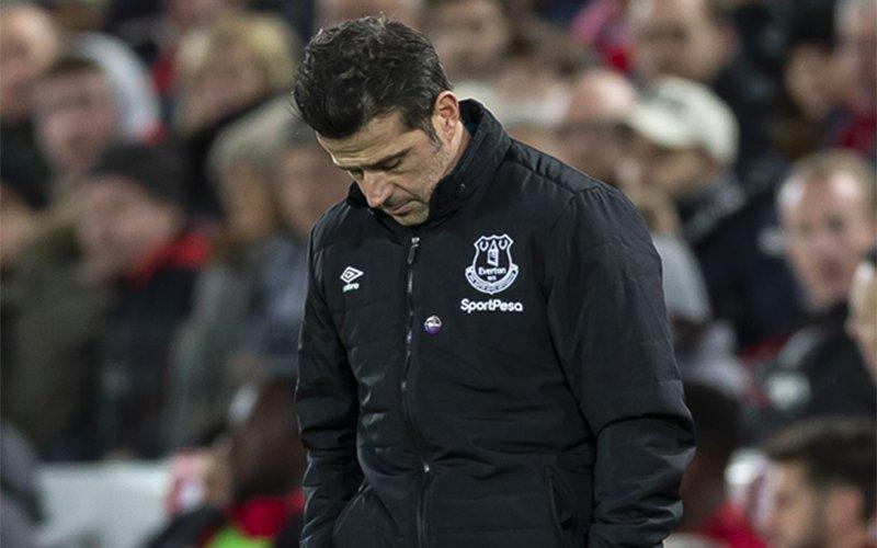 Английн премьер лигийн Эвертон клубын дасгалжуулагч ажлаасаа халагдав