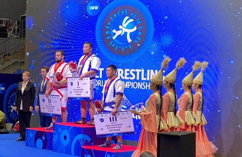 Монгол Улсын харцага Д.Анар Дэлхийн аварга боллоо