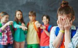 """Сургуулийн орчин дахь """"атамандалт"""" сэтгэлийн шарх болдог"""