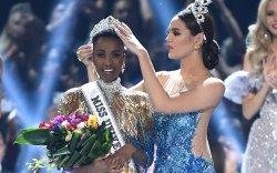 """""""Miss Universe"""" –ийн титмийг Өмнөд Африкийн гоо бүсгүй хүртлээ"""