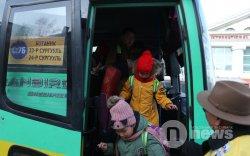Сургуулийн автобусаар зорчигдод бугуйвч тараана