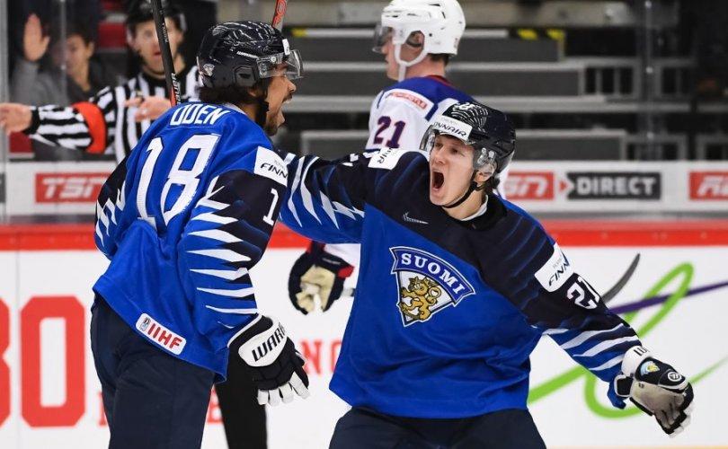 Финландууд дахин Америкийн зүрхийг үхүүллээ