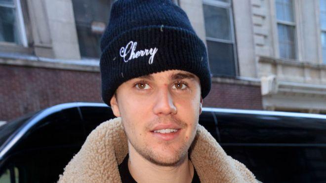 Жастин Бибер тунгалгийн булчирхайн өвчтэй гэв