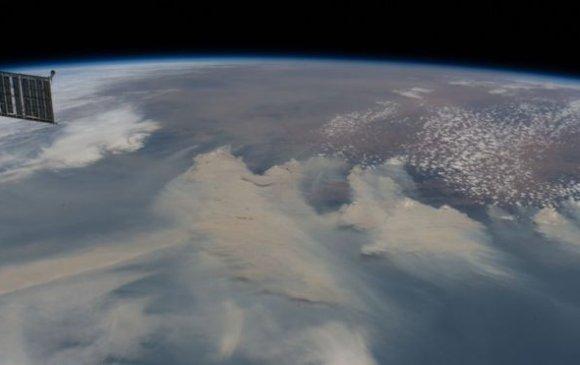 Наса: Австралийн түймрийн утаа дэлхийг бүтэн тойрно