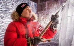 """""""Монголын сийлбэрчид цас, мөсний урлагаар дэлхийд гайхагддаг"""""""