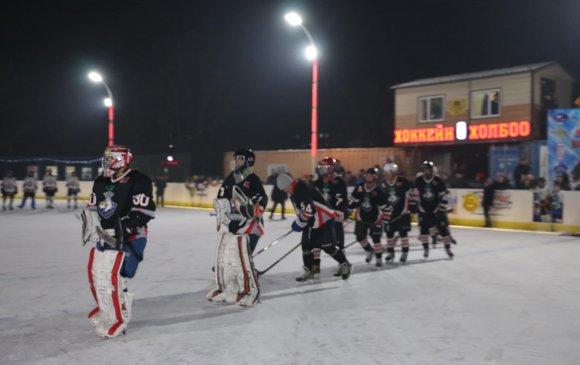 Дархан-Уул аймагт олон улсын стандартад нийцсэн Хоккейн талбай нээлтээ хийлээ