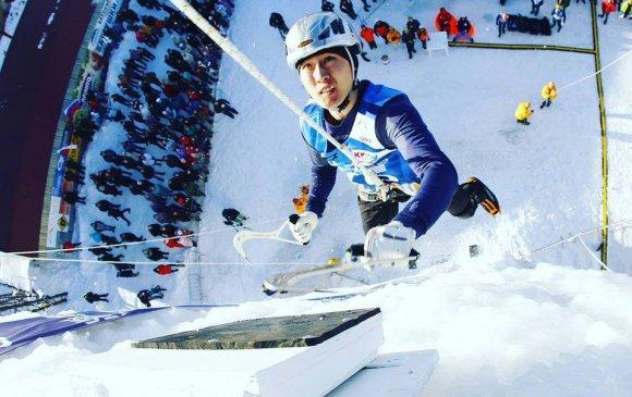 Мөсөнд авиралтын Ази тивийн анхны алтан медалийг Н.Хэрлэн хүртлээ