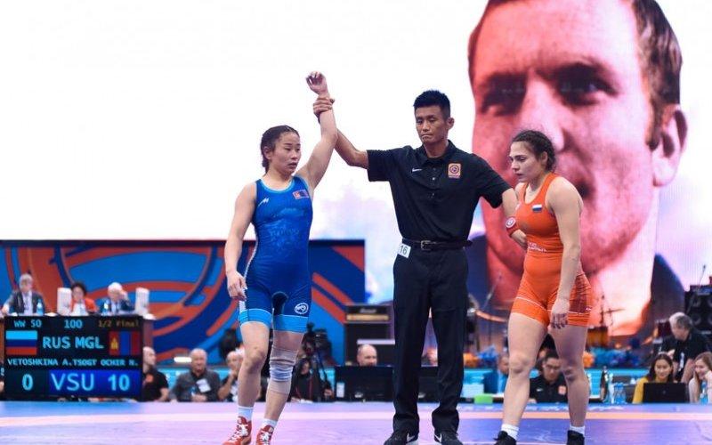 ОУХМ Ц.Намуунцэцэг алтан медаль хүртэв