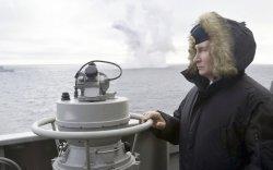 Путины хяналтан дор Крымийн хойгт пуужинг амжилттай туршлаа
