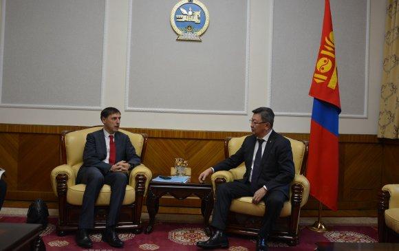 Хүмүүнлэгийн үйлсэд Монгол цэргийн оролцоог нэмэгдүүлнэ