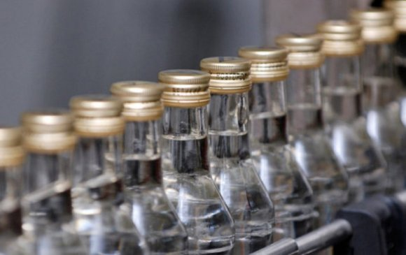 Согтууруулах ундаа үйлдвэрлэх 14 тусгай зөвшөөрлийг хүчингүй болгов