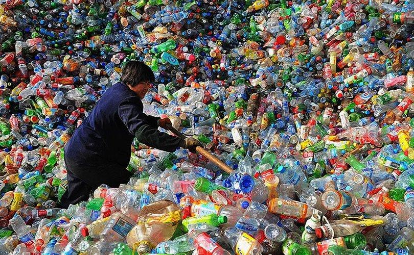Хятад: Нэг удаагийн хуванцар бүтээгдэхүүнийг хэрэглээнээс хасна
