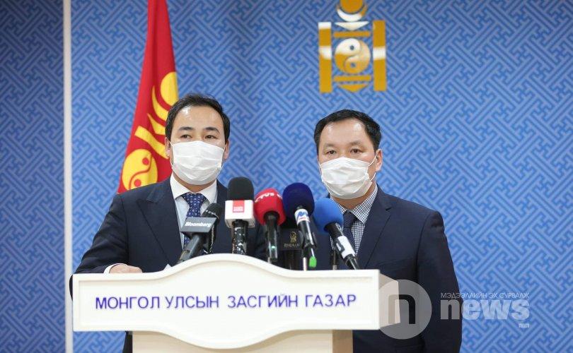 Монгол Улс БНХАУ-тай хиллэдэг бүх хилийн боомтоо хаалаа