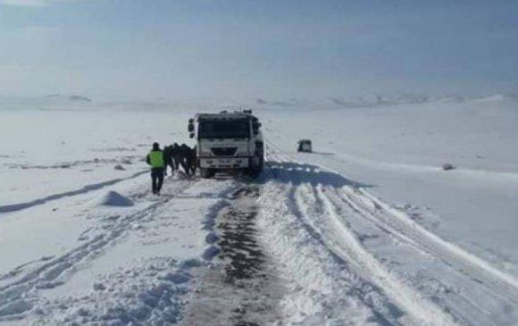 Хөвсгөл, Архангай, Өвөрхангай, Булган аймгуудын авто зам цастай байна