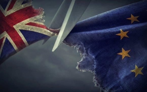 Их Британи Европын холбоог албан ёсоор орхилоо