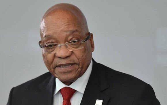 Ерөнхийлөгч асан Жэкоб Зумаг баривчлах захирамжийг түдгэлзүүлжээ