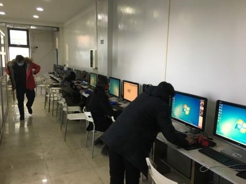 Интернет кафе ажиллаж байсан зөрчилд торгууль оногдуулав