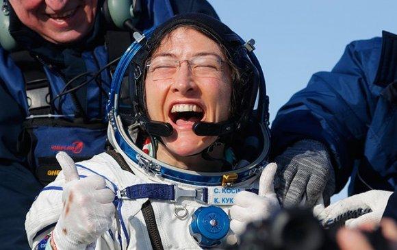 Америк эмэгтэй сансарт хамгийн удаан аялсан эмэгтэй боллоо