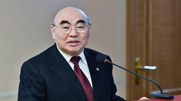 Киргизийн Ерөнхийлөгч асны ууган хүү Москвад амьсгал хураажээ