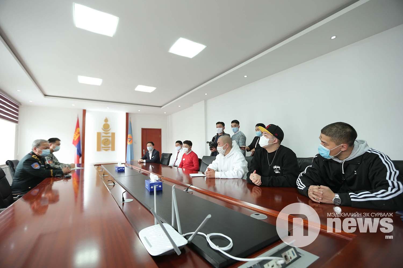 Урлаг монголд хөгжихийн төлөө ОБЕГ хандив (16)