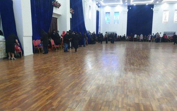 200 ахмад хорио цээрийн дэглэм зөрчин бүжиглэж байжээ