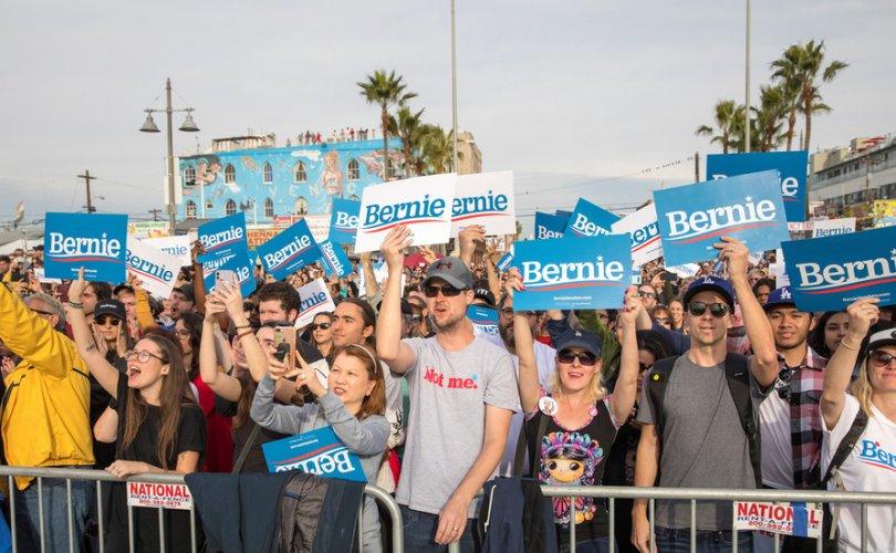 Техас, калифорничууд социализмыг илүүд үзэж байна