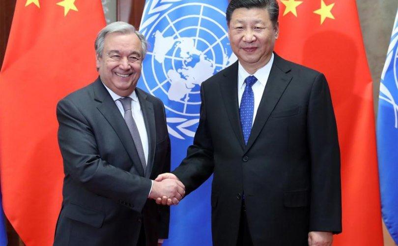 Ши Жиньпин: Хятад улс өвчнийг ялж, эргэн хүчирхэгжинэ