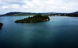 Индонез улс коронавирустэй иргэдээ эзэнгүй арал дээр тусгаарлана
