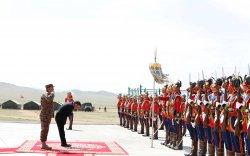 """Ерөнхийлөгч Х.Баттулга """"Монгол цэргийн өдөр""""-ийн мэндчилгээ дэвшүүллээ"""