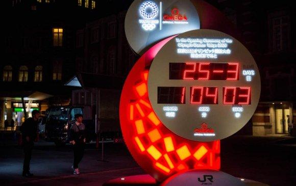 Токио-2020 олимпийн албан ёсны цагийг зогсоолоо