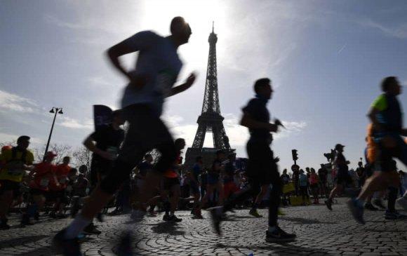Парисын марафон хойшлогдлоо