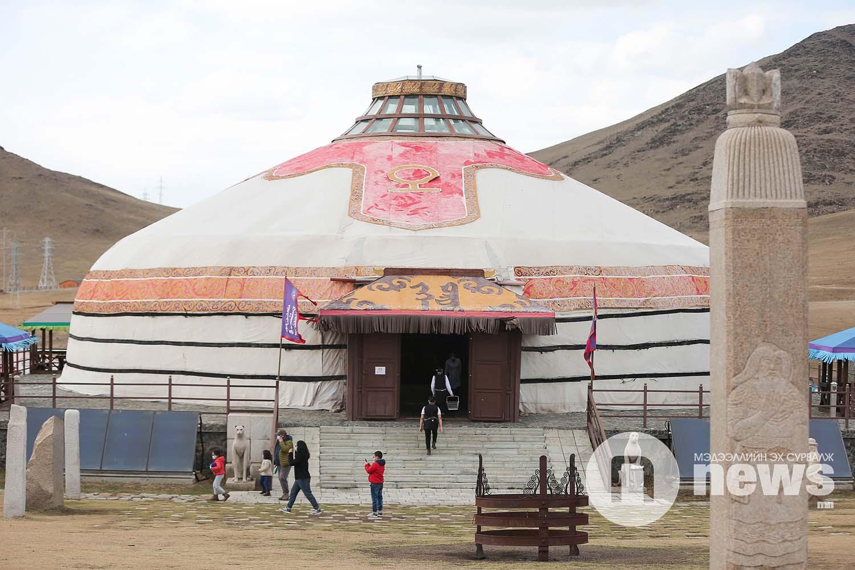Чингис хааны хүрээ аялал жуучлалын цогцолбор (8)
