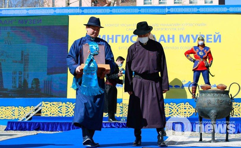 """""""Чингис хаан музейн барилгын ажилд саад гарахгүй"""""""